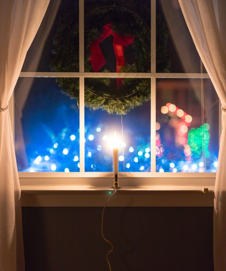 12-04-17 Christmas-21_LR